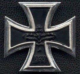 Cruz de Hierro, Malta o Hesvásticas, conocida como Cruz Chopper – (Historia)