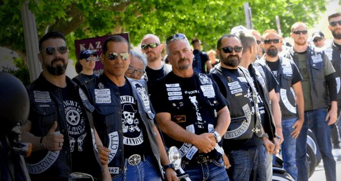 moteros policias 10 670x355